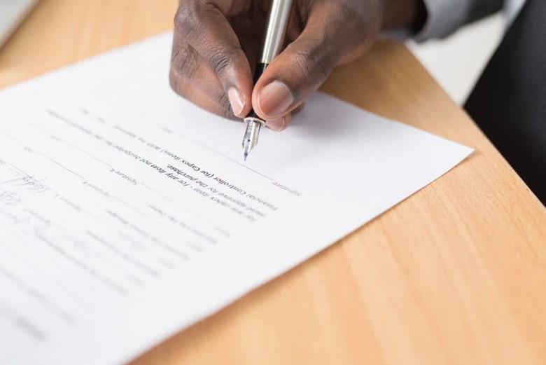 Contoh Surat Lamaran Kerja di Bank Baik Swasta Atau Nasional
