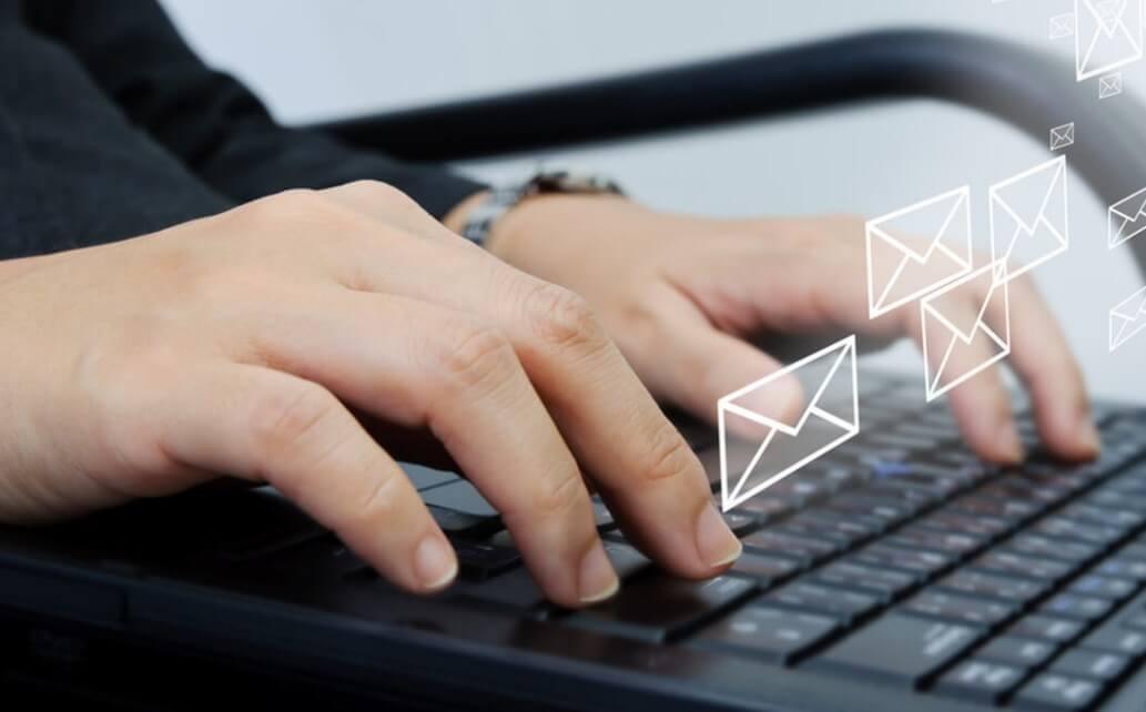 Contoh Surat Lamaran Via Email dan Tips Membuatnya